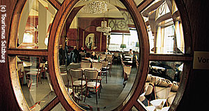 Salzburg is said to the the most Viennese cafes of Austria. A blunt lie. But it has the country's oldest cafe.