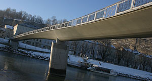 The Makartsteg is among the newest bridges over the Salzach.