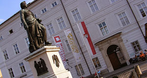 The entrance of the Salzburg museum on Mozartplatz.