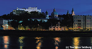 Salzburg at night. A useless picture for useless articles on special interests.